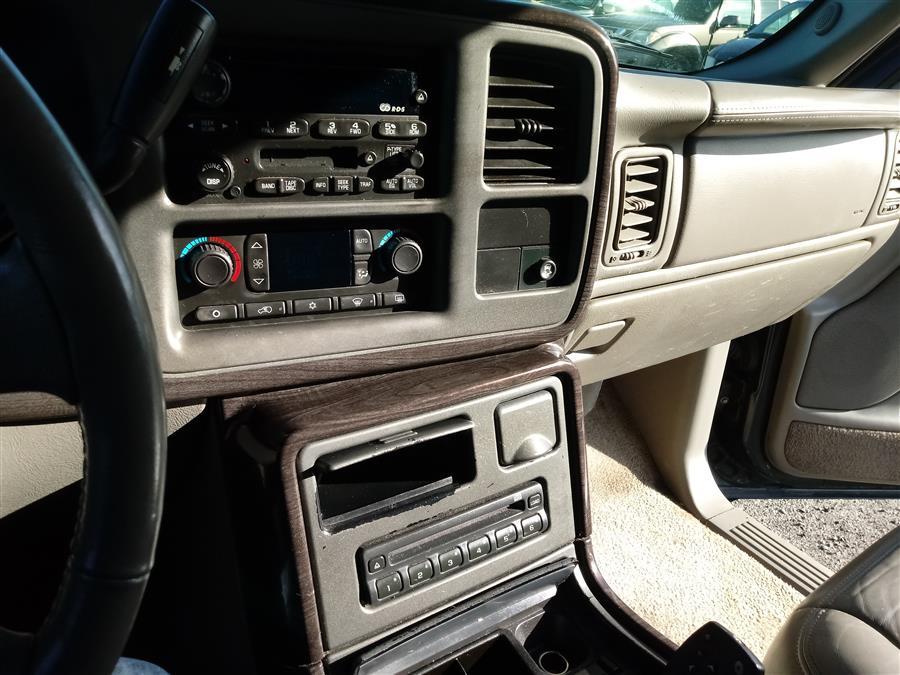 2003 GMC Yukon Denali 4dr AWD, available for sale in Shirley, New York | Roe Motors Ltd. Shirley, New York