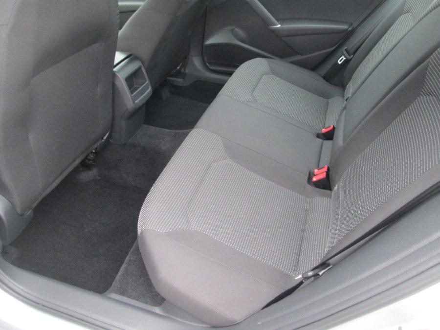 2016 Volkswagen Passat 4dr Sdn 1.8T Auto S PZEV, available for sale in Levittown, Pennsylvania | Levittown Auto. Levittown, Pennsylvania