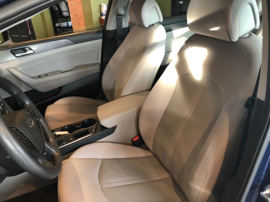 Used Hyundai Sonata 4dr Sdn 2.4L Sport 2016   AutoMax. West Hartford, Connecticut