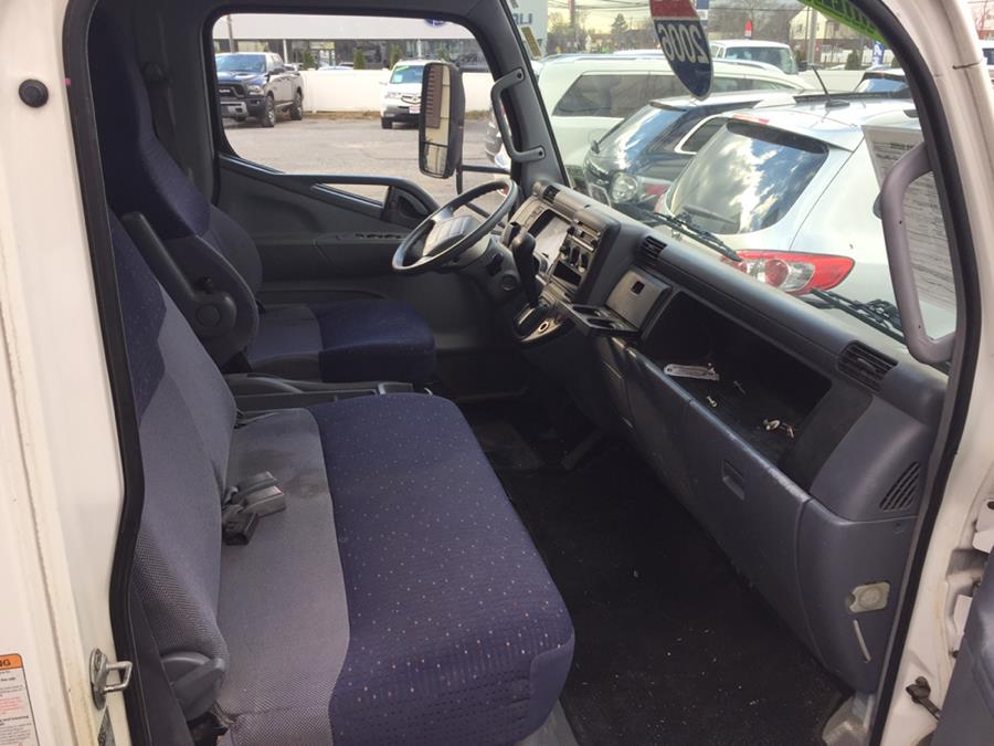 2006 Mitsubishi Fuso Box truck, available for sale in Lindenhurst, New York | Rite Cars, Inc. Lindenhurst, New York