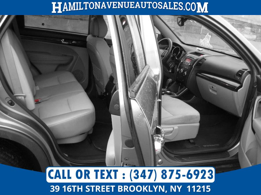 2012 Kia Sorento 2WD 4dr I4-GDI LX, available for sale in Brooklyn, New York | Hamilton Avenue Auto Sales DBA Nyautoauction.com. Brooklyn, New York