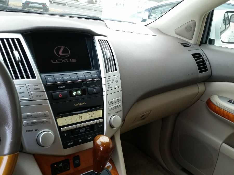 2009 Lexus RX 350 AWD 4dr, available for sale in Berlin, Connecticut | Action Automotive. Berlin, Connecticut