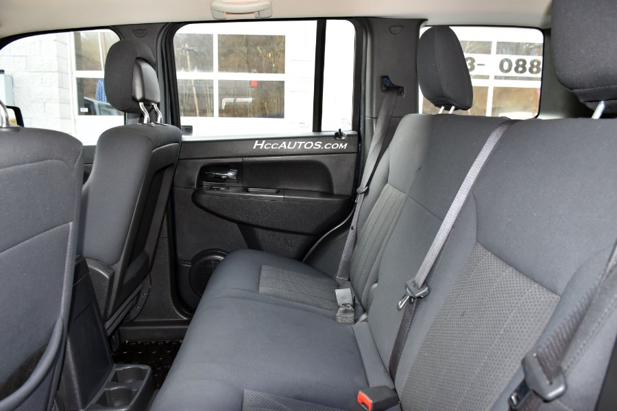 2012 Jeep Liberty 4WD 4dr Sport, available for sale in Waterbury, Connecticut | Highline Car Connection. Waterbury, Connecticut
