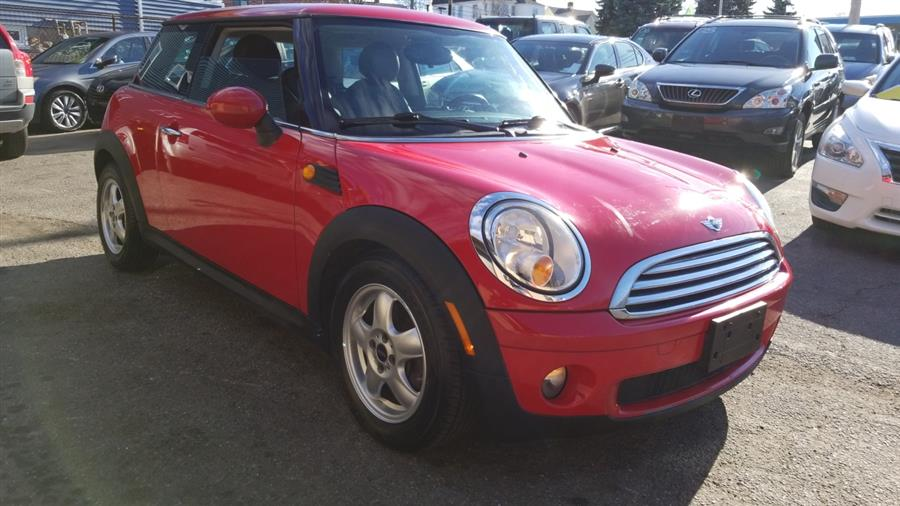 2010 MINI Cooper Hardtop 2dr Cpe, available for sale in Stratford, Connecticut | Mike's Motors LLC. Stratford, Connecticut