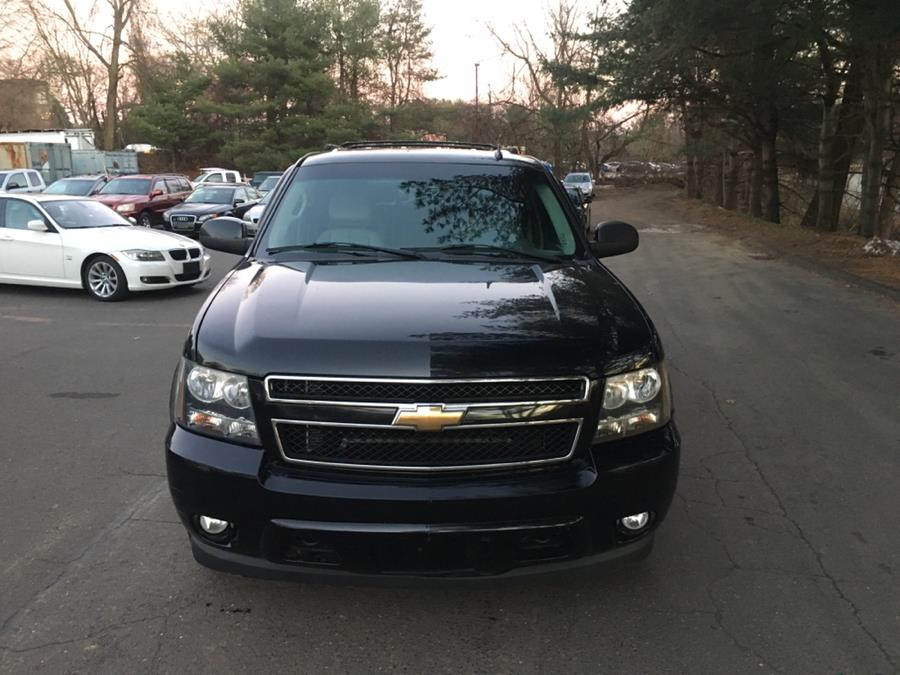 2007 Chevrolet Suburban 4WD 4dr 1500 LT, available for sale in Cheshire, Connecticut | Automotive Edge. Cheshire, Connecticut