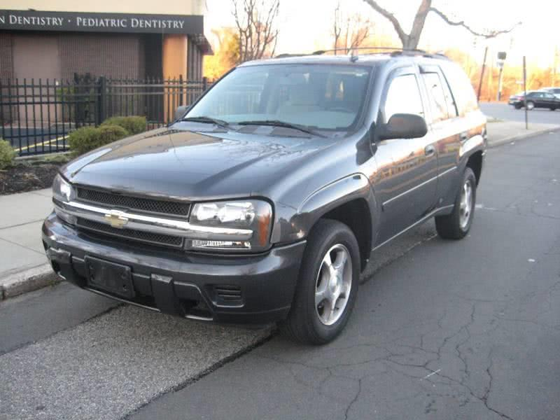 Used Chevrolet Trailblazer LS 4dr SUV 4WD 2007 | Rite Choice Auto Inc.. Massapequa, New York