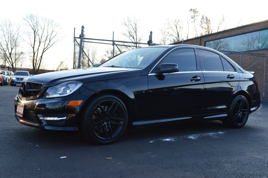 2013 Mercedes-Benz C-Class 4dr Sdn C300 Sport 4MATIC, available for sale in Hartford, Connecticut | Locust Motors LLC. Hartford, Connecticut