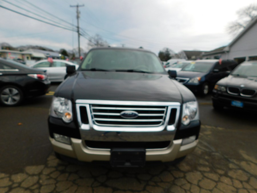 Used Ford Explorer 4WD 4dr V6 Eddie Bauer 2007 | M&M Motors International. Clinton, Connecticut