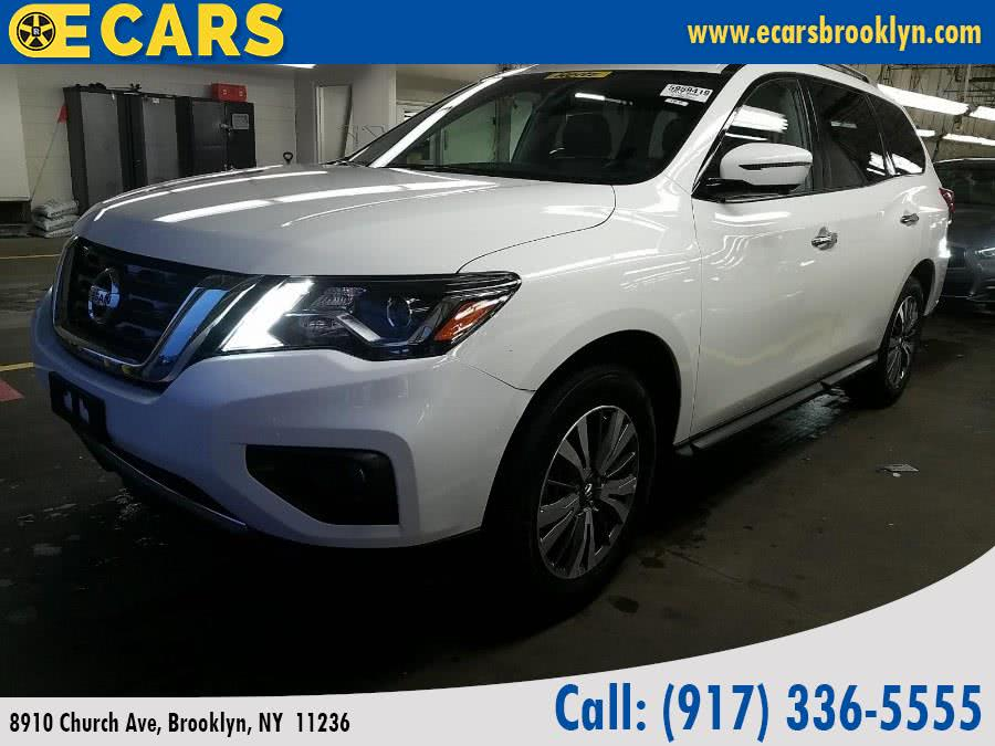 2017 Nissan Pathfinder 4x4 SV, available for sale in Brooklyn, New York | E Cars . Brooklyn, New York