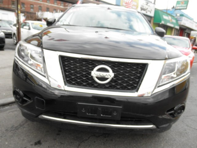 2014 Nissan Pathfinder 4WD 4dr SV, available for sale in Brooklyn, New York | Wide World Inc. Brooklyn, New York