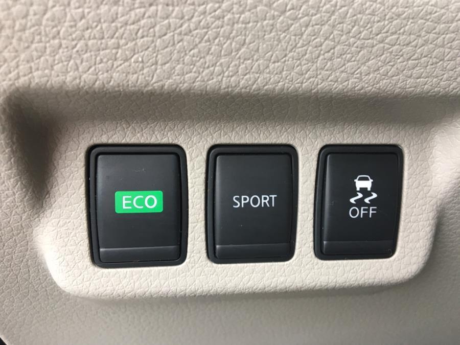 2013 Nissan Sentra 4dr Sdn I4 CVT SL, available for sale in Lindenhurst, New York | Rite Cars, Inc. Lindenhurst, New York