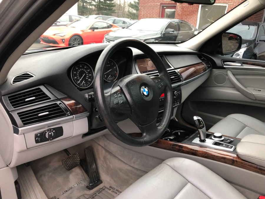 2009 BMW X5 3.0i xDrive Navi & Panoramic Roof, available for sale in East Windsor, Connecticut | Toro Auto. East Windsor, Connecticut