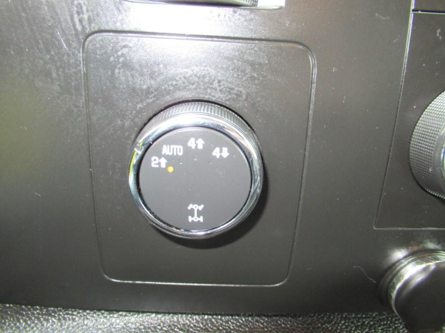 2009 Chevrolet Silverado 1500 4WD Crew Cab 143.5