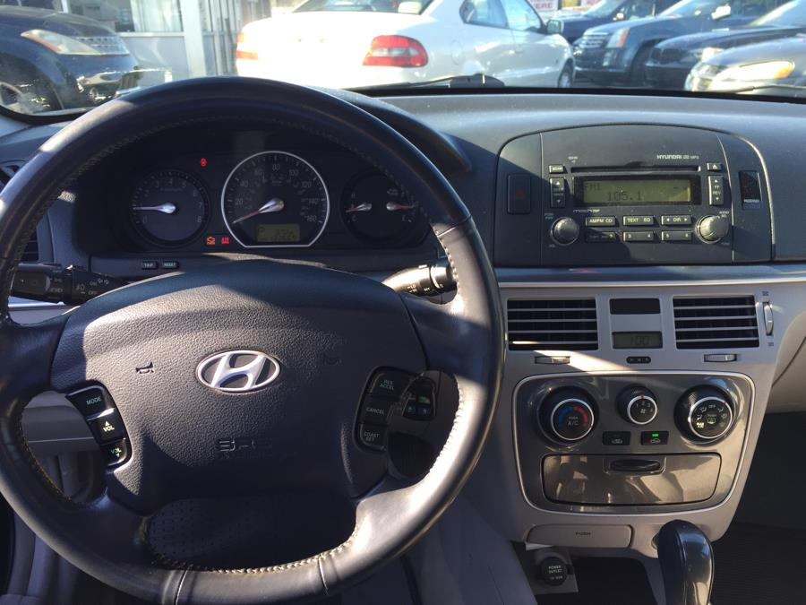2011 Hyundai Sonata 4dr Sdn 2.4L Auto GLS *Ltd Avail*, available for sale in West Babylon, New York   Boss Auto Sales. West Babylon, New York