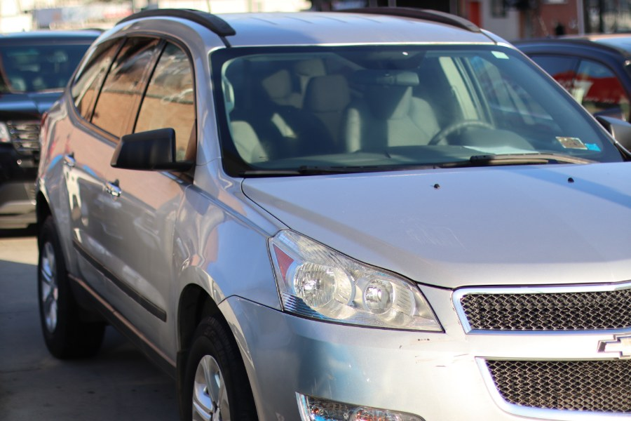2010 Chevrolet Traverse AWD 4dr LS, available for sale in Jamaica, New York | Hillside Auto Mall Inc.. Jamaica, New York