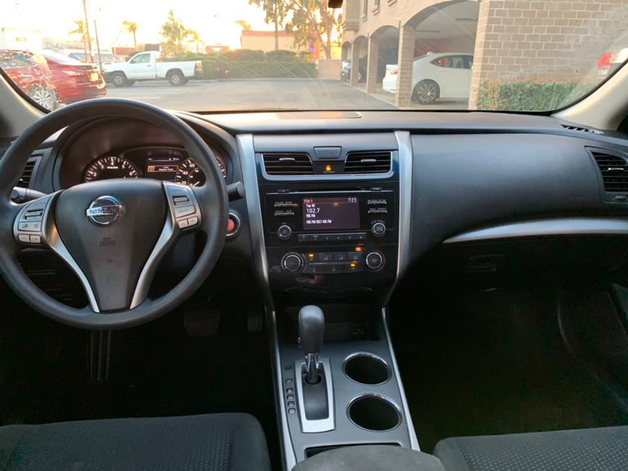 2015 Nissan Altima 4dr Sdn I4 2.5 S, available for sale in Lake Forest, California | Carvin OC Inc. Lake Forest, California