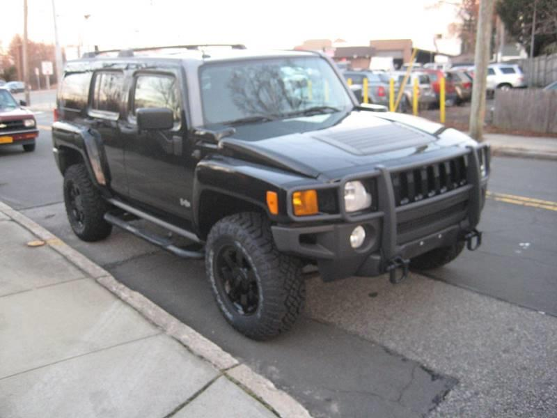 2007 Hummer H3 Base 4dr SUV 4WD, available for sale in Massapequa, New York | Rite Choice Auto Inc.. Massapequa, New York