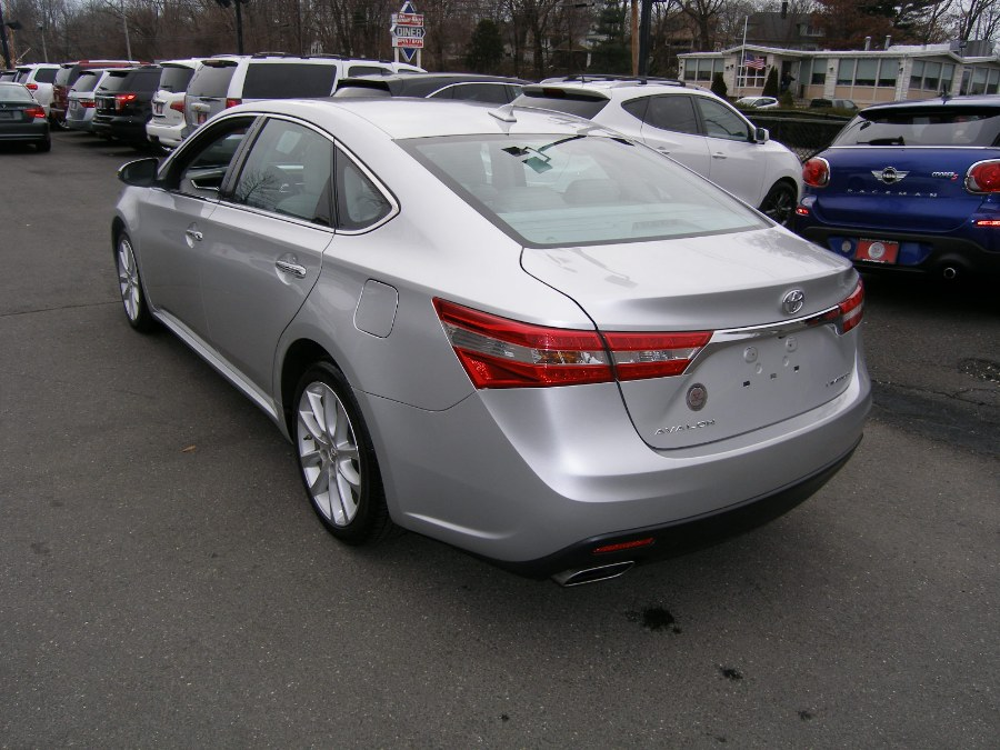 Used Toyota Avalon 4dr Sdn Limited (Natl) 2014 | Wiz Leasing Inc. Stratford, Connecticut
