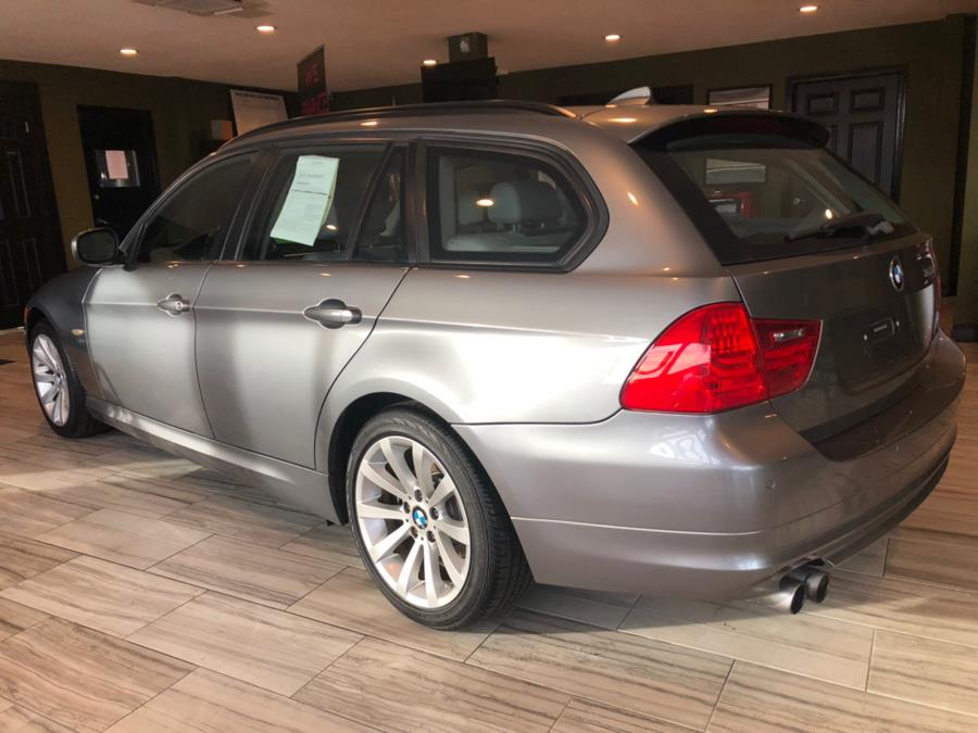 2011 BMW 3 Series 4dr Sports Wgn 328i xDrive AWD, available for sale in West Hartford, Connecticut | AutoMax. West Hartford, Connecticut