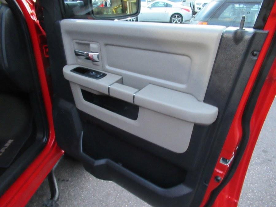 2010 Dodge Ram 1500 4WD Crew Cab 140.5