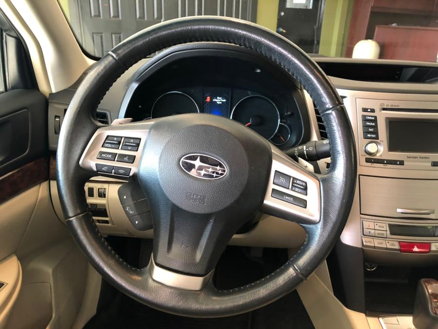 2014 Subaru Legacy 4dr Sdn H4 Auto 2.5i Limited, available for sale in West Hartford, Connecticut | AutoMax. West Hartford, Connecticut