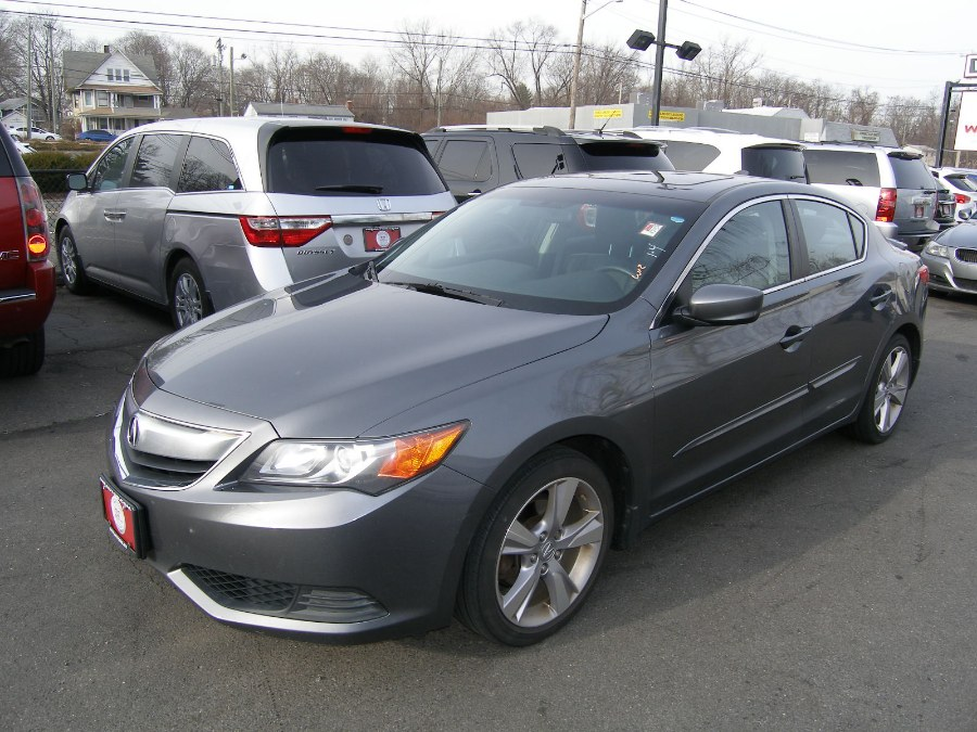 2014 Acura ILX 4dr Sdn 2.0L, available for sale in Stratford, Connecticut | Wiz Leasing Inc. Stratford, Connecticut