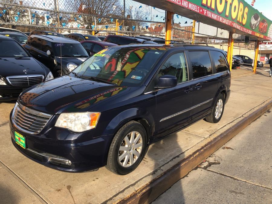 Used Chrysler Town & Country 4dr Wgn Touring 2014 | Sylhet Motors Inc.. Jamaica, New York
