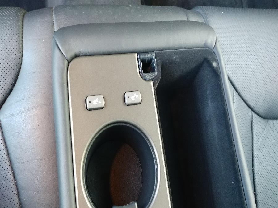 2001 Lexus LS 430 4dr Sdn, available for sale in Chicopee, Massachusetts | Matts Auto Mall LLC. Chicopee, Massachusetts
