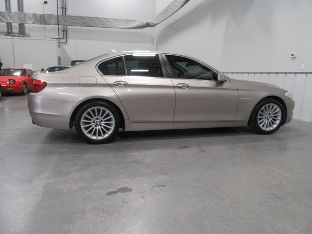 2012 BMW 5 Series 4dr Sdn 535i xDrive AWD, available for sale in Danbury, Connecticut | Performance Imports. Danbury, Connecticut