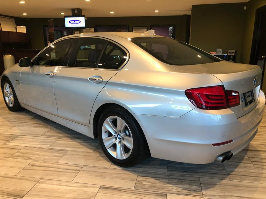 2012 BMW 5 Series 4dr Sdn 528i xDrive AWD, available for sale in West Hartford, Connecticut | AutoMax. West Hartford, Connecticut