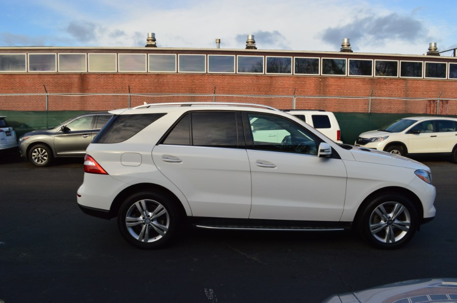 2015 Mercedes-Benz M-Class 4MATIC 4dr ML350, available for sale in Hartford, Connecticut | Locust Motors LLC. Hartford, Connecticut