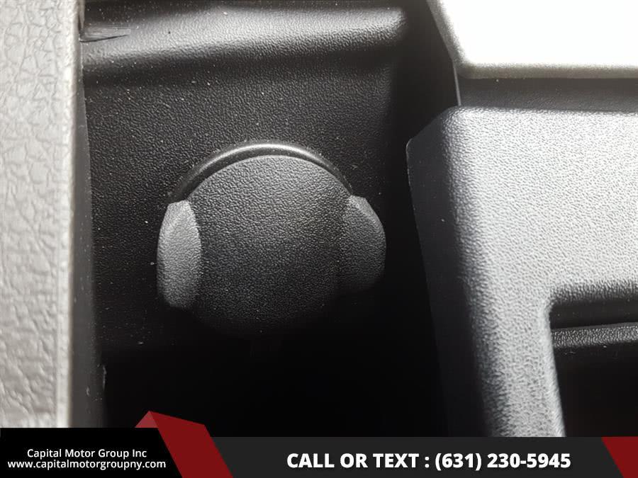 "Used Ford Super Duty F-350 SRW 4WD SuperCab 158"" Lariat 2012 | Capital Motor Group Inc. Medford, New York"