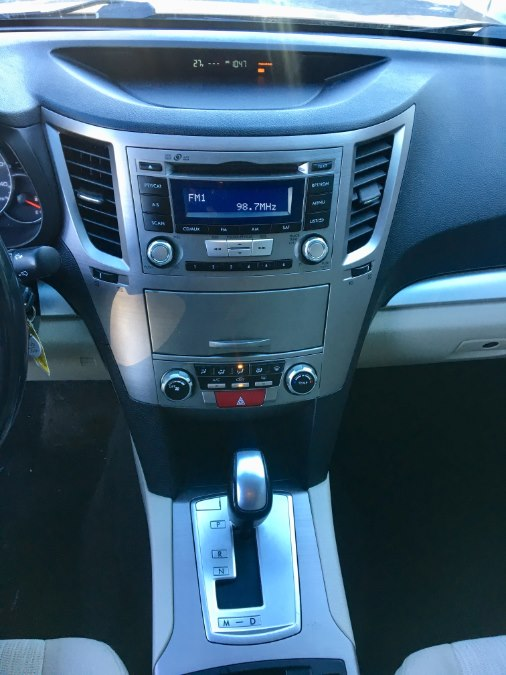 2013 Subaru Outback 4dr Wgn H4 Auto 2.5i Premium, available for sale in Lindenhurst, New York | Rite Cars, Inc. Lindenhurst, New York