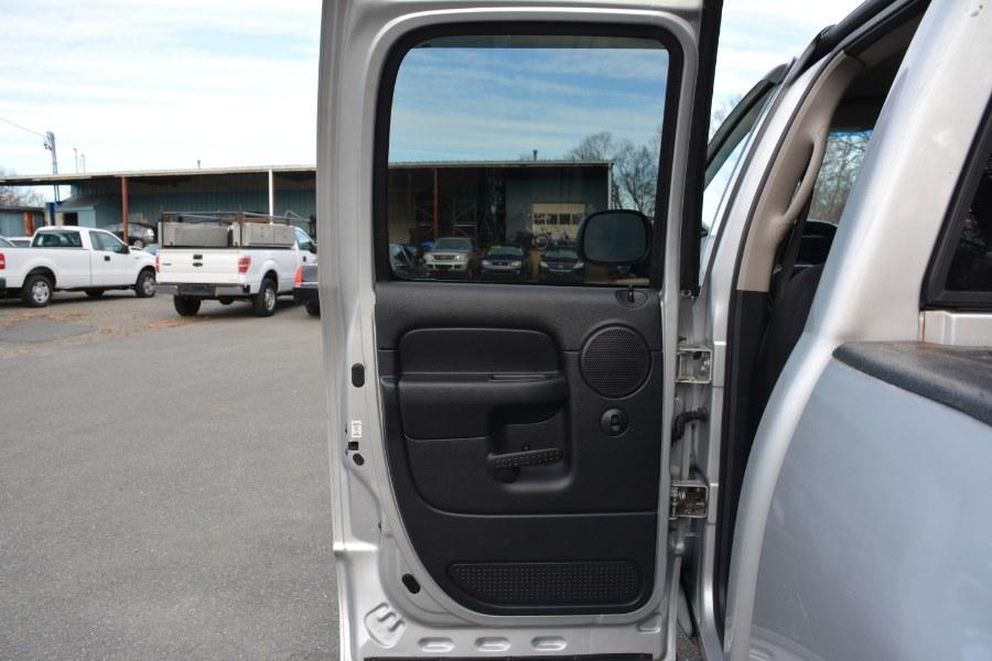 2003 Dodge Ram 2500 4dr Quad Cab 140.5