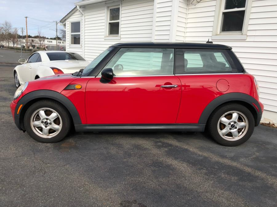 2009 MINI Cooper Hardtop 2dr Cpe, available for sale in Milford, Connecticut | Chip's Auto Sales Inc. Milford, Connecticut