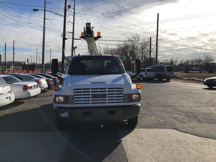 2005 GMC TC4500 Regular Cab 2WD, available for sale in W Springfield, Massachusetts | Dean Auto Sales. W Springfield, Massachusetts