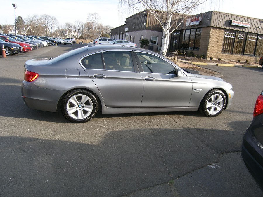 2012 BMW 5 Series 4dr Sdn 528i xDrive AWD, available for sale in Stratford, Connecticut | Wiz Leasing Inc. Stratford, Connecticut