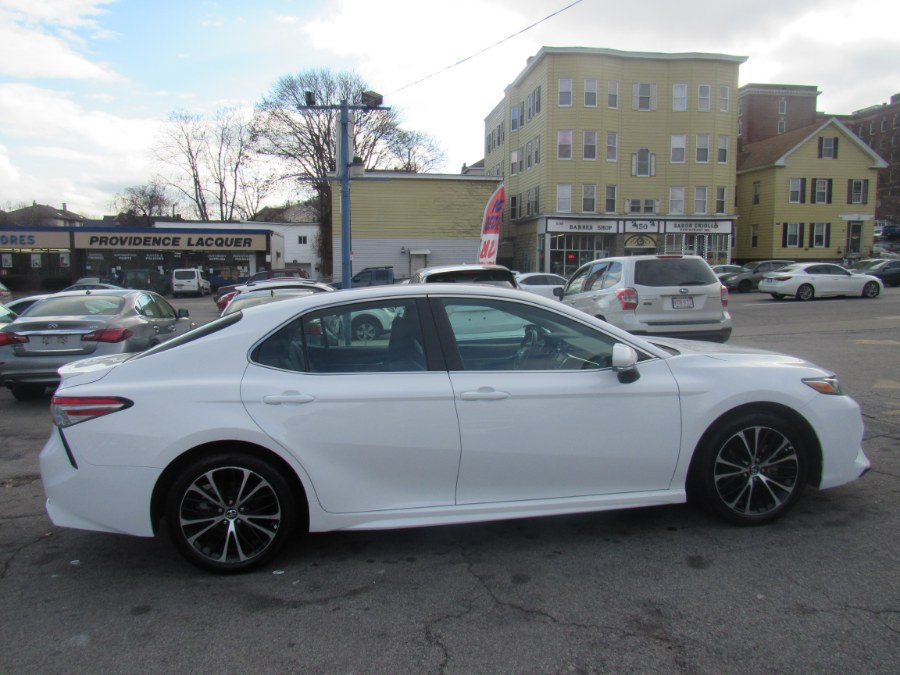 Used Toyota Camry SE Auto (Natl) 2018 | Hilario's Auto Sales Inc.. Worcester, Massachusetts