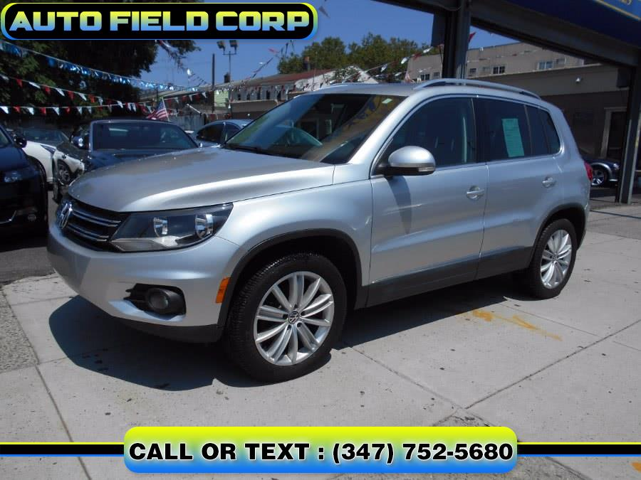 Used Volkswagen Tiguan 4WD 4dr Auto SE w/Sunroof & Nav *Ltd Avail* 2013 | Auto Field Corp. Jamaica, New York