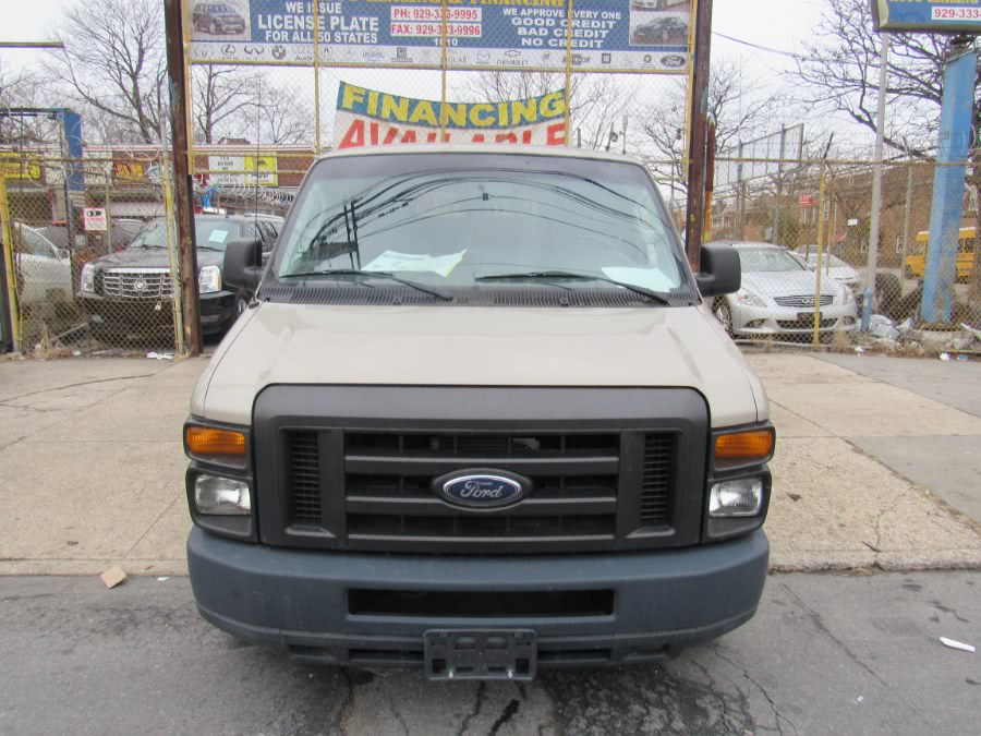 Used 2012 Ford Econoline Wagon in Levittown, Pennsylvania | Deals on Wheels International Auto. Levittown, Pennsylvania