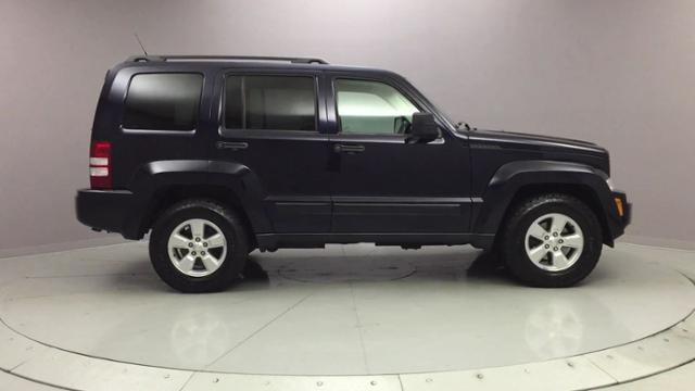 2011 Jeep Liberty 4WD 4dr Sport, available for sale in Naugatuck, Connecticut | J&M Automotive Sls&Svc LLC. Naugatuck, Connecticut