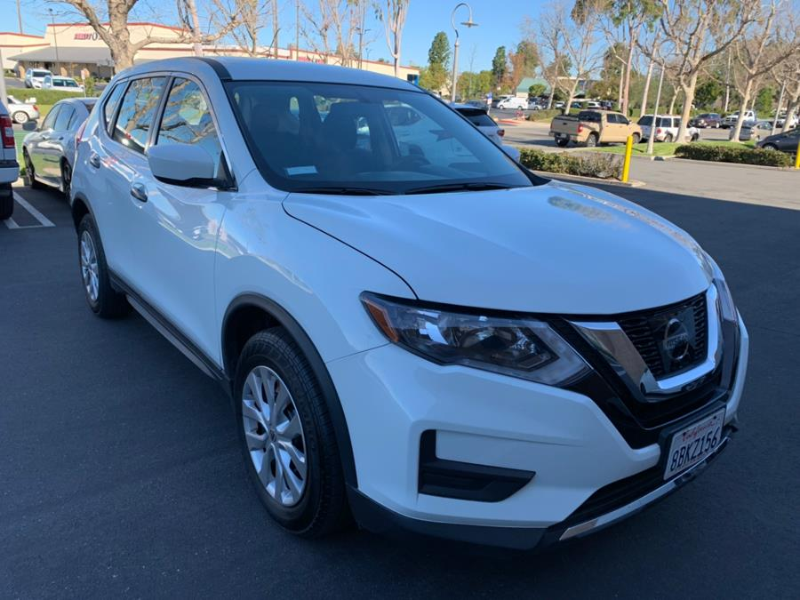Used Nissan Rogue FWD SL 2017 | Carvin OC Inc. Lake Forest, California