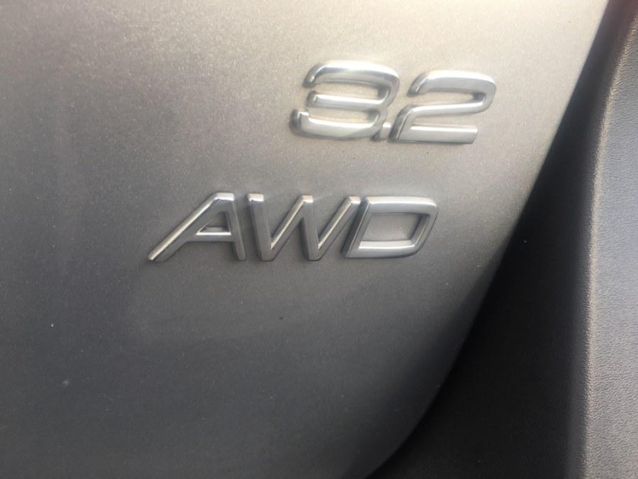 2010 Volvo XC70 4dr Wgn 3.2L, available for sale in Bristol, Connecticut   Bristol Auto Center LLC. Bristol, Connecticut
