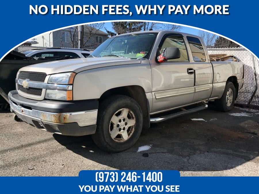 Used Chevrolet Silverado 1500 Ext Cab 143.5' WB 4WD Work Truck 2004 | Route 46 Auto Sales Inc. Lodi, New Jersey