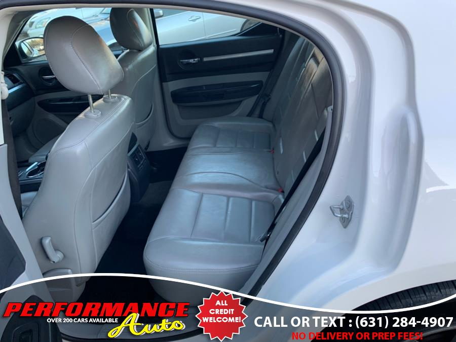 2010 Dodge Charger 4dr Sdn R/T RWD *Ltd Avail*, available for sale in Bohemia, New York   Performance Auto Inc. Bohemia, New York