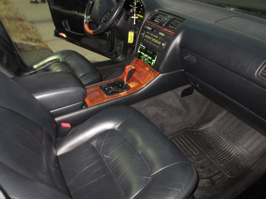 2000 Lexus LS 400 4dr Sdn, available for sale in Lynbrook, New York | ACA Auto Sales. Lynbrook, New York
