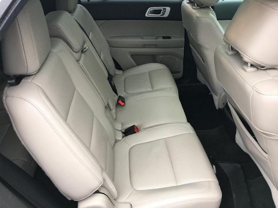 Used Ford Explorer 4WD 4dr Limited 2012 | Farmington Auto Park LLC. Plainville, Connecticut