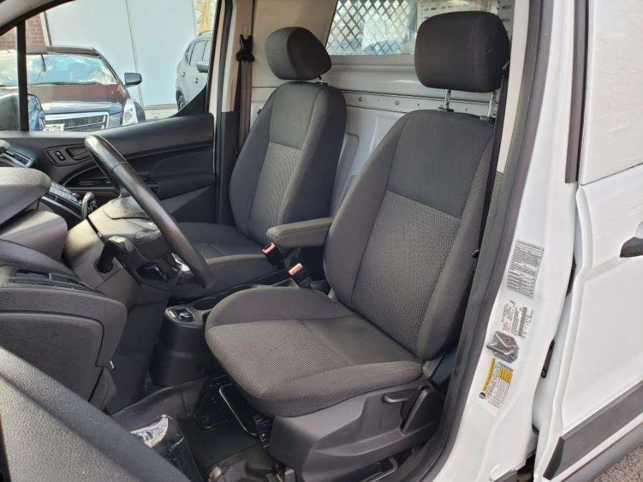 2017 Ford Transit Connect Van XLT LWB w/Rear Cargo Doors Camera W/ shelfs, available for sale in East Windsor, Connecticut | Toro Auto. East Windsor, Connecticut