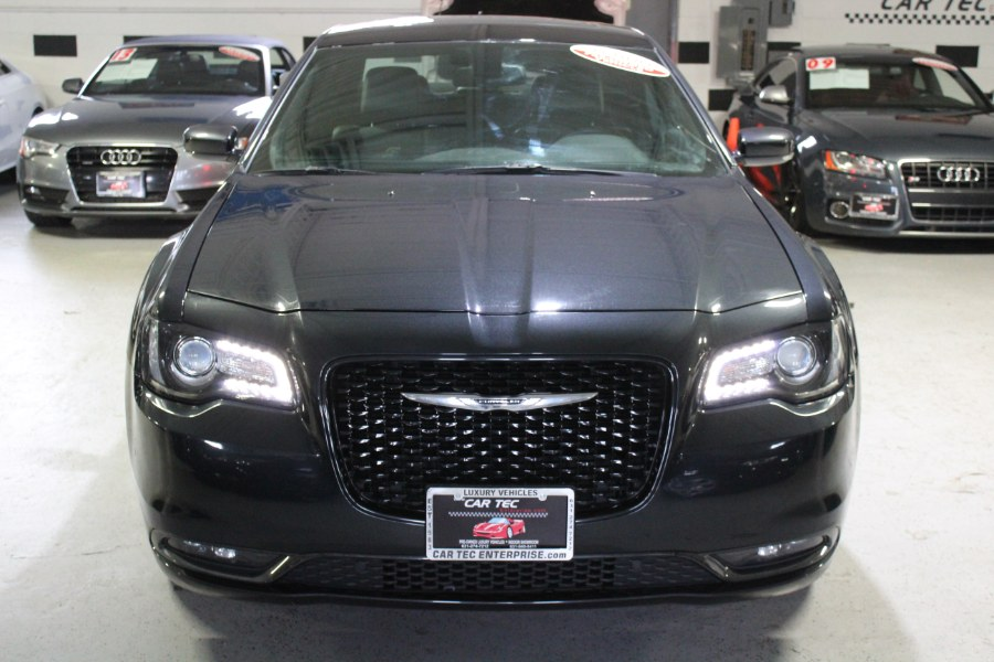 2015 Chrysler 300 4dr Sdn 300S AWD, available for sale in Deer Park, New York | Car Tec Enterprise Leasing & Sales LLC. Deer Park, New York