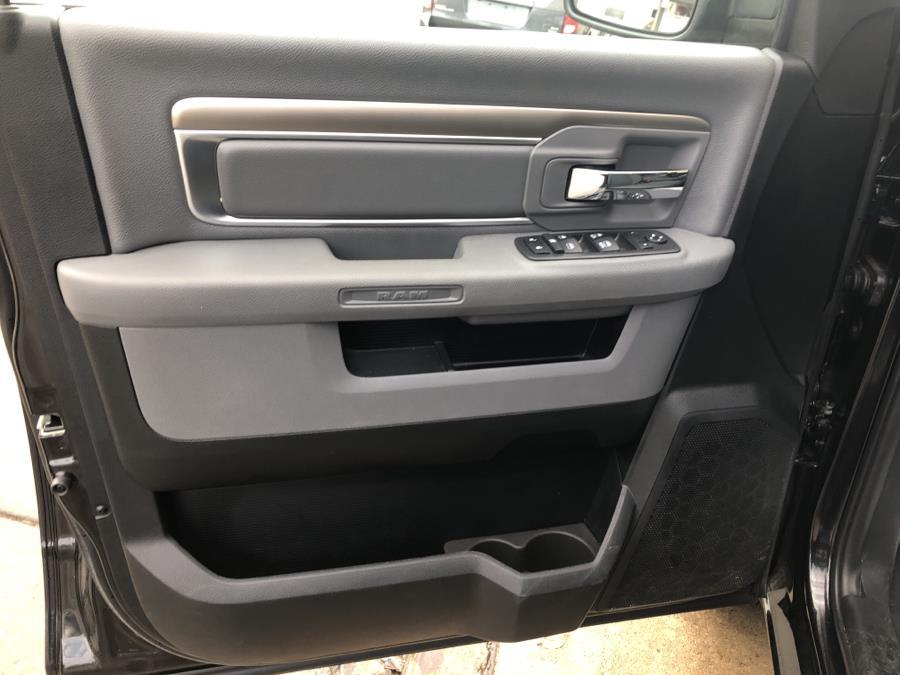 2018 Ram 1500 SLT 4x4 Quad Cab 6''4